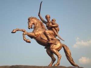Laxmibai's_statue_in_Solapur